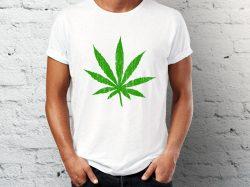 Štampa na majicama Junkie majica sa printom marihuane